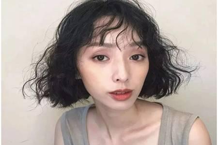 女性发型设计与脸型搭配,长脸圆脸的女生适合什么发型 美容健康 第3张