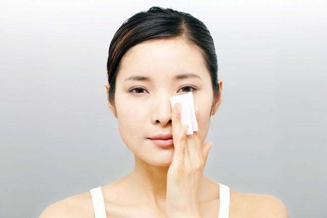 油痘肌怎么改善油性皮肤不长痘的秘诀 美容健康 第1张