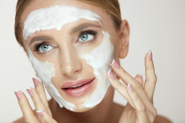 如何清理堵塞的毛孔自己怎么清理毛孔堵塞 美容健康 第1张