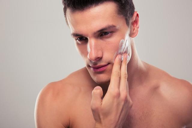 男生改善脸部皮肤粗糙4个方法有效改善皮肤粗糙问题 美容健康 第1张