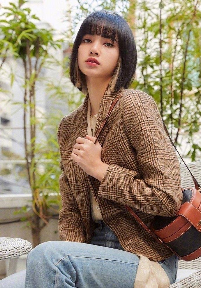 LISA的黑茶色短发超显白 美容健康 第6张