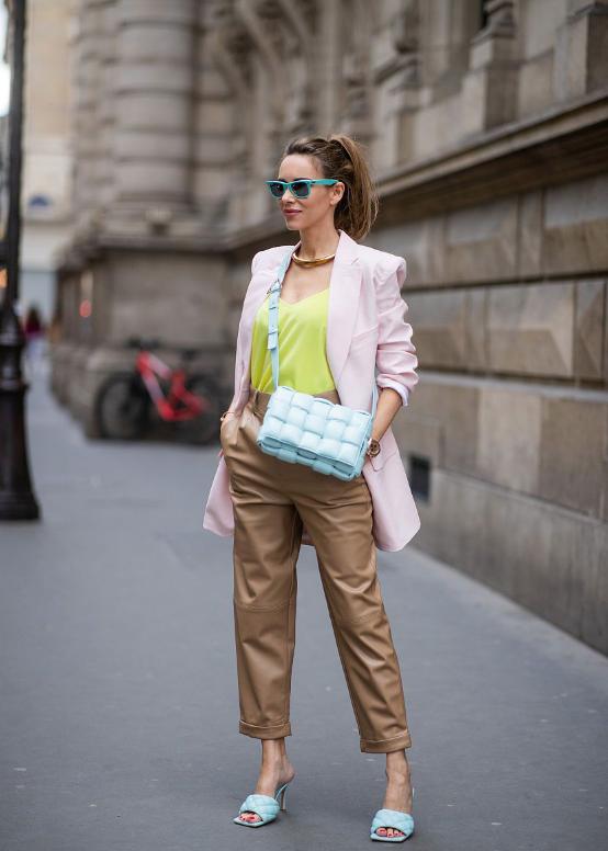 欧美街拍:小粗腿这样将能将西装穿出高级感,只要搭配直筒裤就够了 街拍潮人 第4张