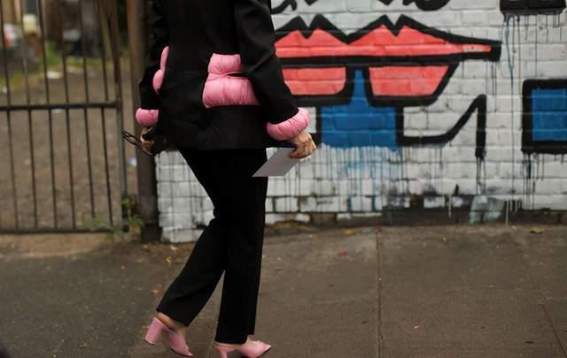 欧美街拍:小粗腿这样将能将西装穿出高级感,只要搭配直筒裤就够了 街拍潮人 第5张