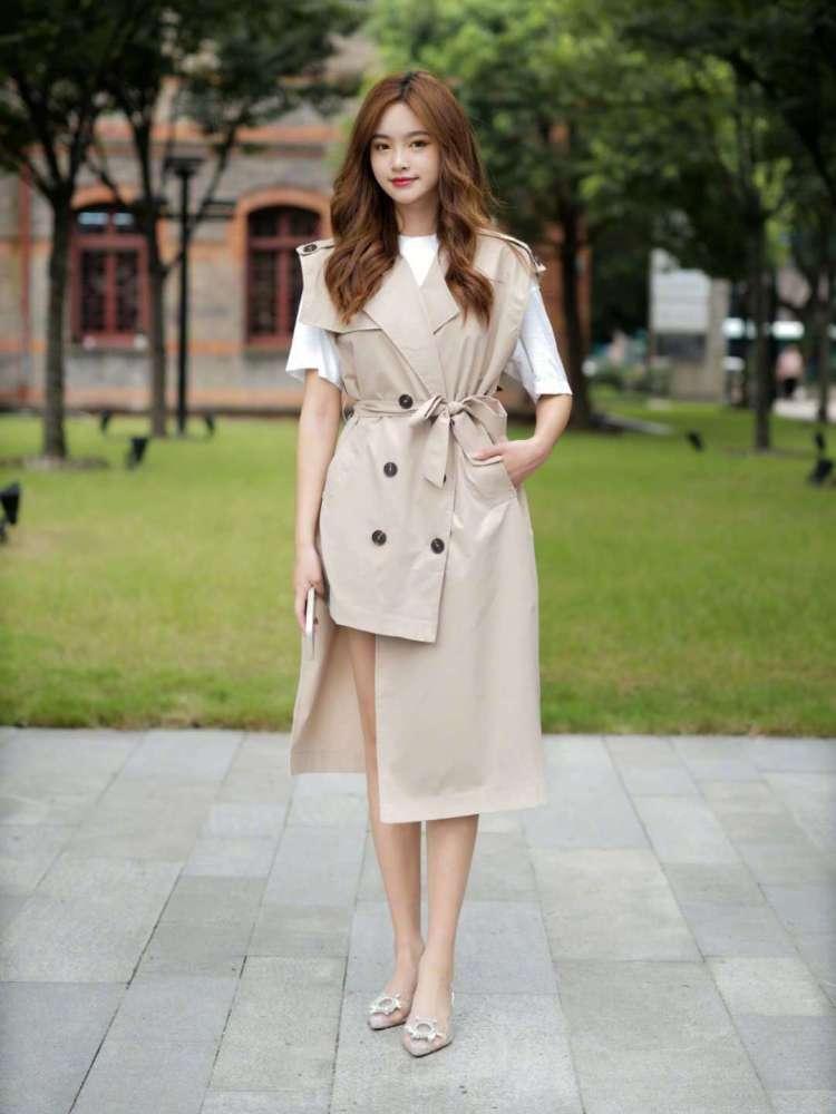 杭州女生时尚街拍,简约通勤每一套搭配都好看,照着穿你也成仙女 街拍潮人 第2张