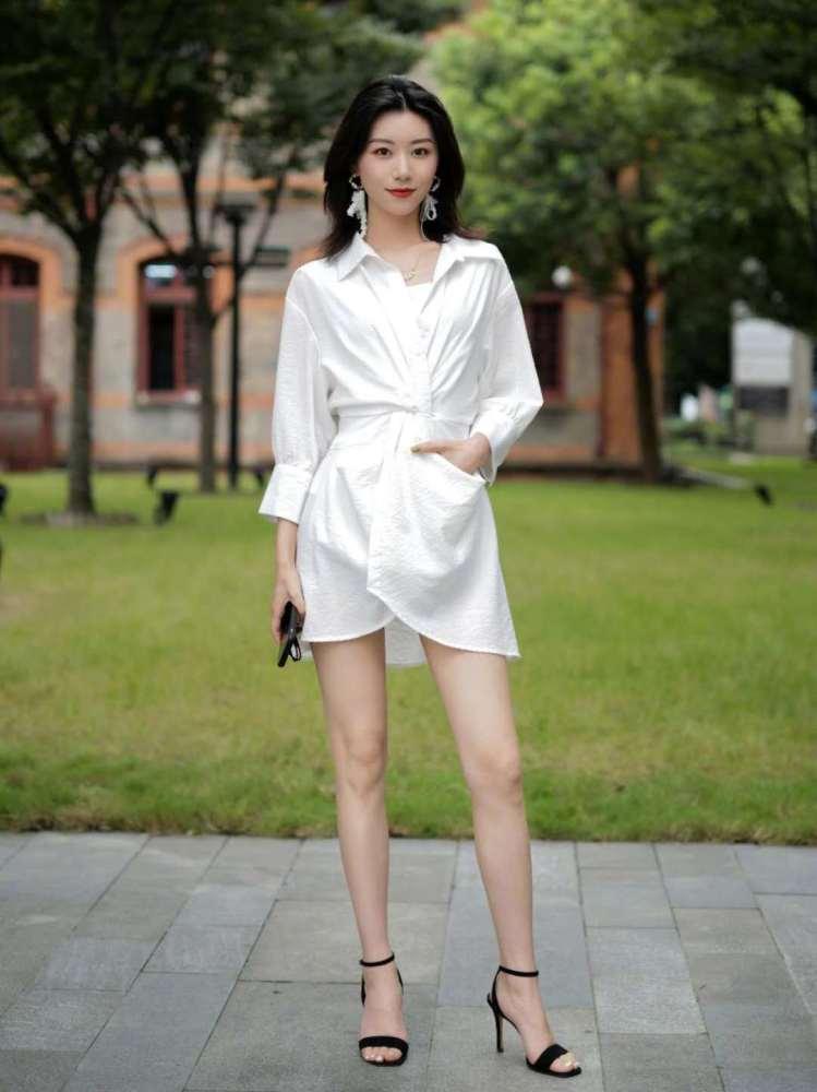 杭州女生时尚街拍,简约通勤每一套搭配都好看,照着穿你也成仙女 街拍潮人 第3张