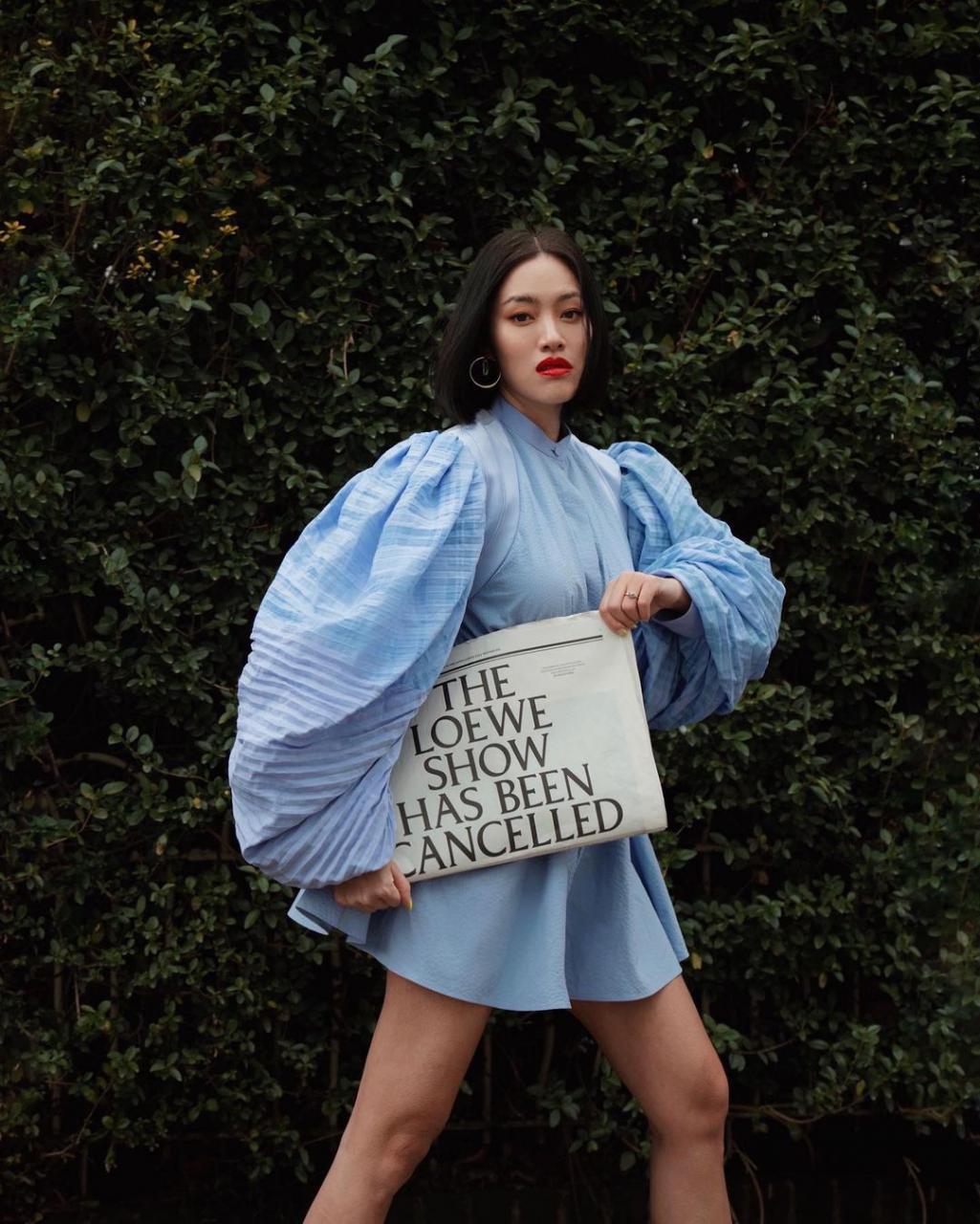 """欧美街拍:今夏自带可爱滤镜的""""蓬袖洋装"""",欧美潮人已抢先穿上 街拍潮人 第16张"""